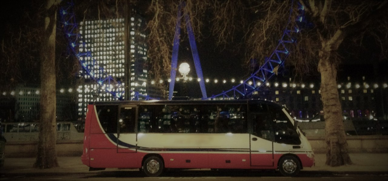 medium luxury mercedes coach in london - trip hire